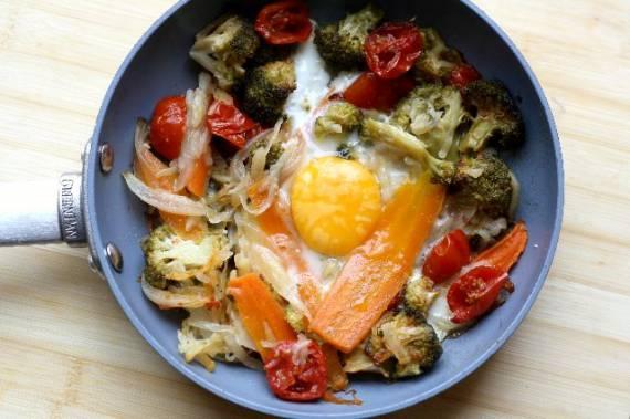 Huevos Fritos con Verduras