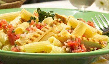 Penne Rigate con Pollo Parmesano-recetas