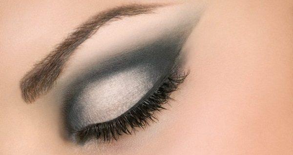 Agrandar mirada con maquillaje