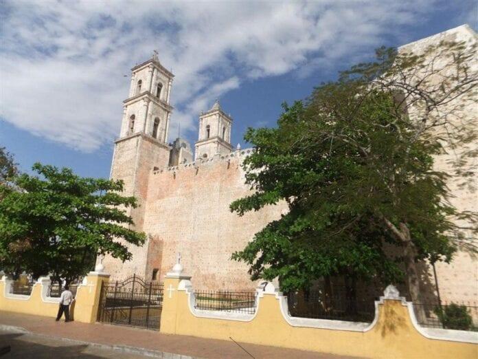 Merida-Izamal-Valladolid