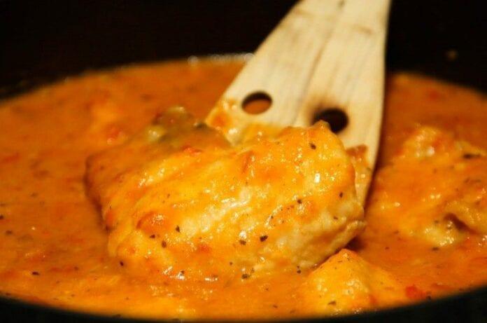 Merluza Asada con Salsa de Pimenton Rojo - recetas