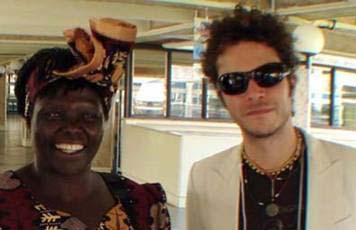 Cabas y Wangari Maathai Juntos en Nairobi