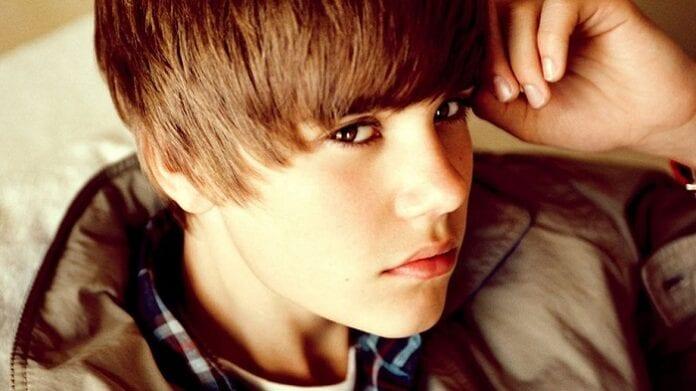 Bigger – Justin Bieber