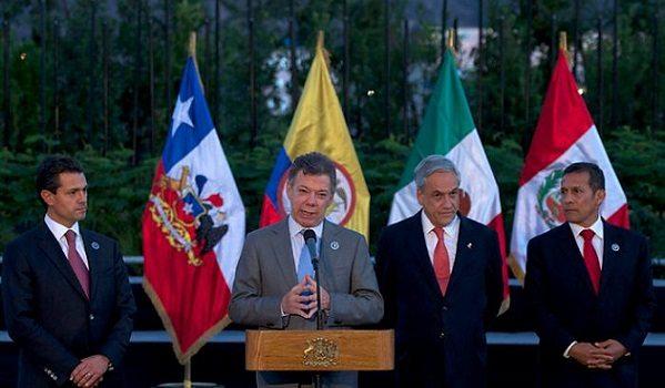 Santos-presentó-la-estrategia-de-comercio-exterior