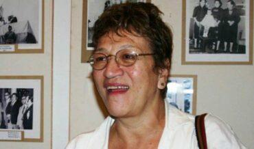 Vicky Hernandez, Artistas con la Excelencia