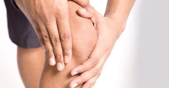 Artritis de rodilla sería un signo temprano de cáncer pulmonar