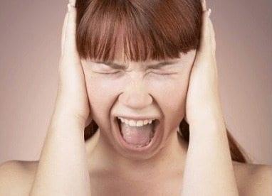 Migrañas Aumentar Depresión de una Mujer