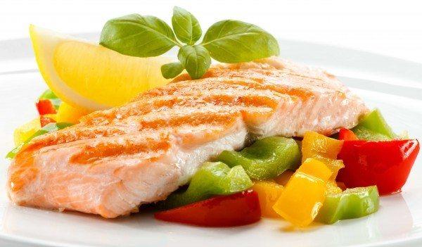 salmon con pimientos