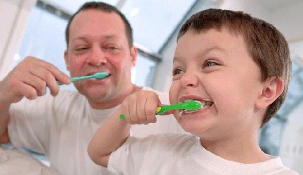 cepillado de dientes y salud oral