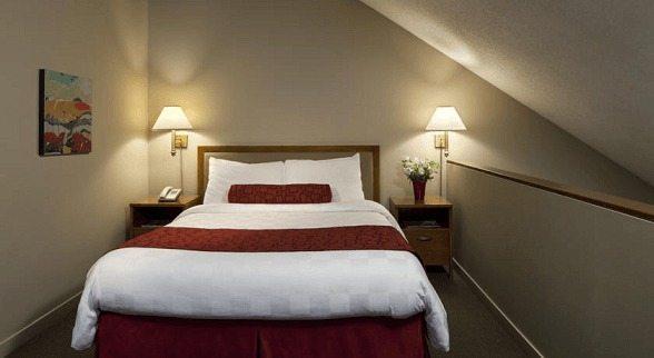 Whistler Village Inn & Suites (Hoteles en Whistler)