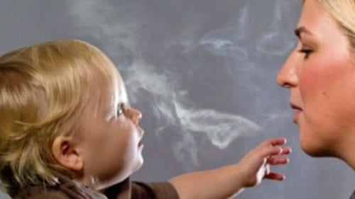 Tabaquismo Pasivo elevaría riesgo de Alergia en Niños