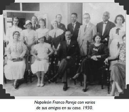 Napoleón Franco Pareja con varios amigos año 1930