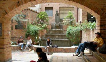 Universidad Colombiana