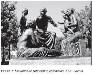 Escultura de Hipócrates Enseñando