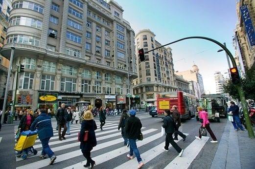 Tránsito Terrestre- Circulación de los peatones