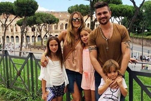 Juanes sufre por Gira sin su Familia