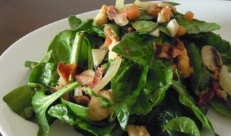 Ensalada de espinacas con Prosciutto