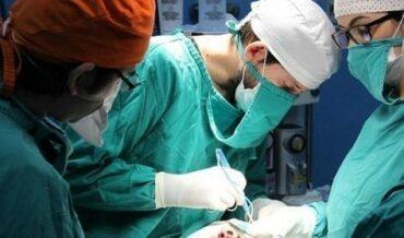 Tratamiento Quirúrgico del Cáncer de Colon y Recto