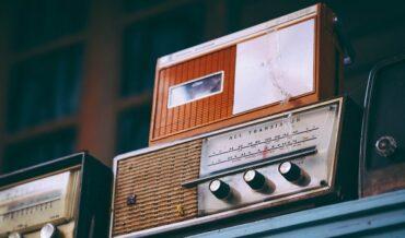 Renovación de Los Permisos para Uso del Espectro Radioeléctrico