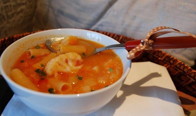 Sopa Minestrone con Ravioli
