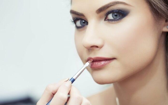 Consejos de Maquillaje Según la Temporada del Año
