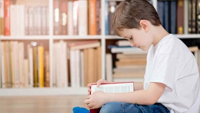 5 Libros que Sí o Sí se Deben Leer en el Colegio