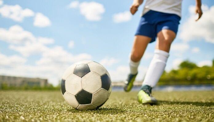 10 Beneficios Espectaculares de Jugar Fútbol