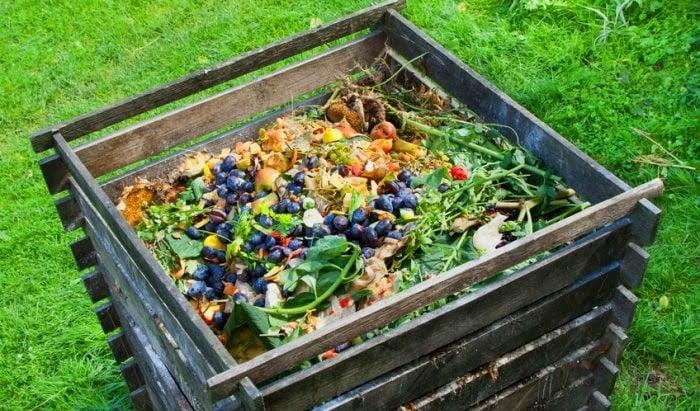 Compost, qué es composta, cómo hacer compost rápido, beneficios