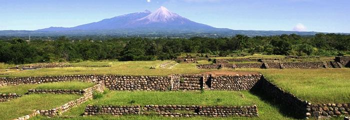 Zona Arqueológica La Campana en Colima