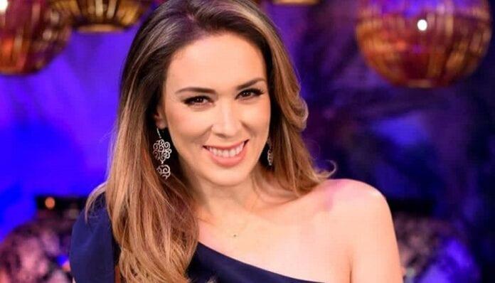 Jacqueline Bracamontes actriz