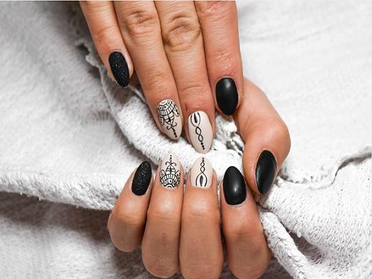 5 ideas geniales y fáciles para decorar las uñas usando palillos