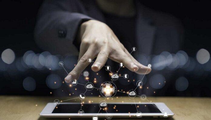 Ley de Internet como Servicio Público Esencial y Universal